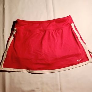 Nike pink and white medium tennis skirt